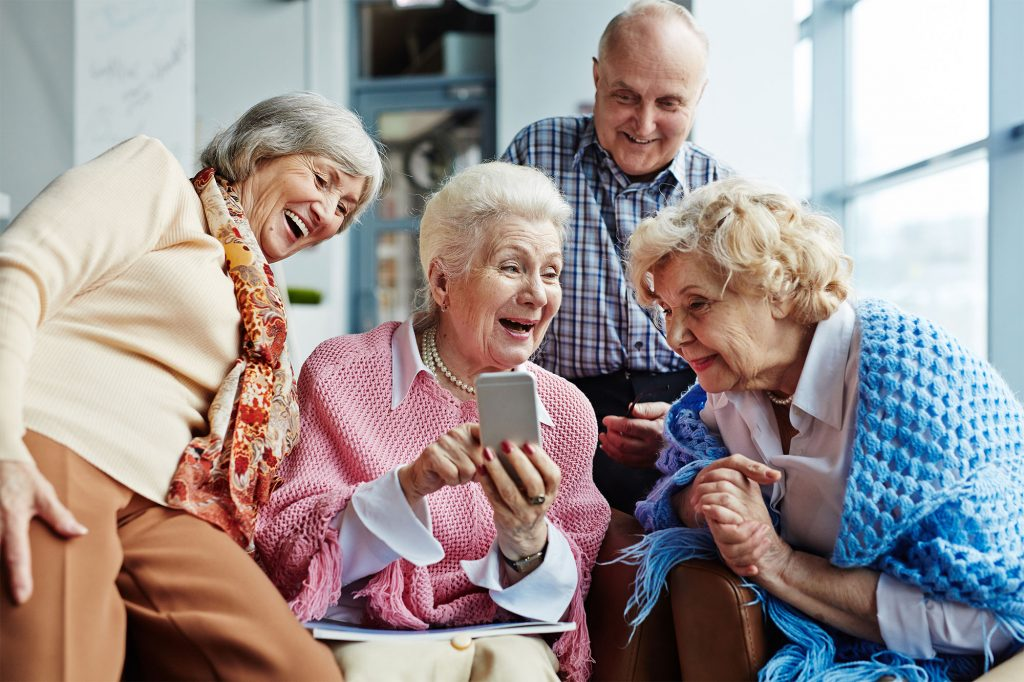 The-Best-Hassle-Free-Cell-Phone-Providers-for-Seniors