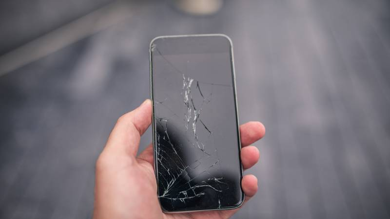 how to fix your cracked screen