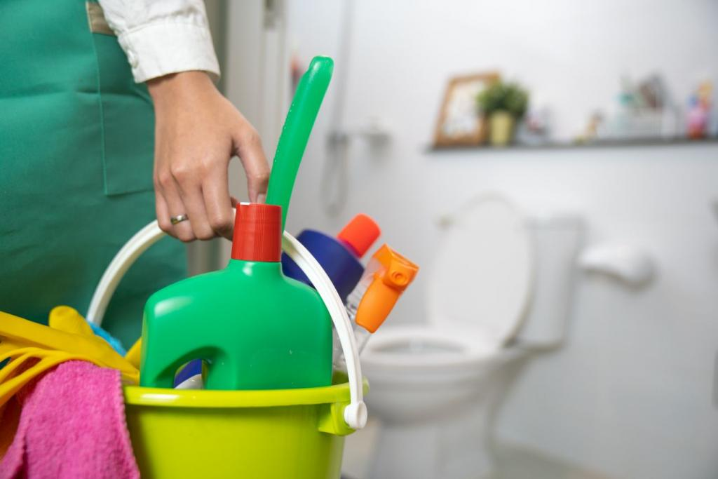 What Are The Top 5 Bathroom Cleaners?